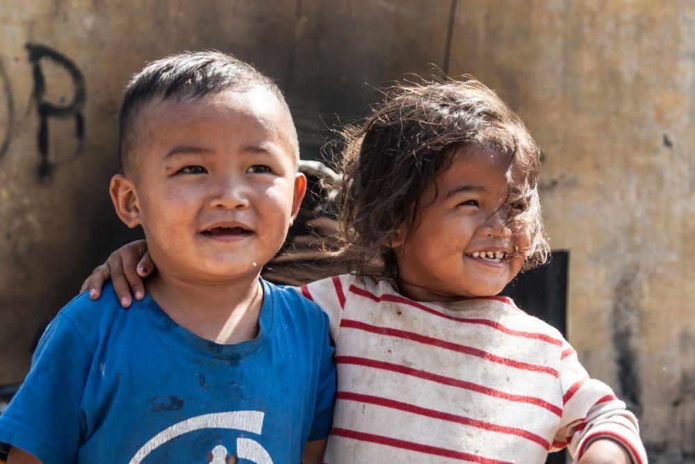 Children living in street, slum, dump site, Manila, Philippines