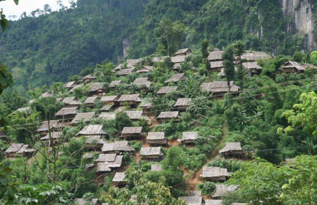 Houses refugee camp Tak