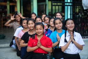 Laos – Deaf children weave their way to a better future in Luang Prabang