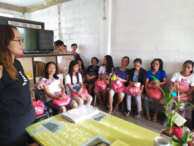 Samar, Philippines - The island of a thousand typhoons, Distribution of food aid to the families of sponsored children by a local manager