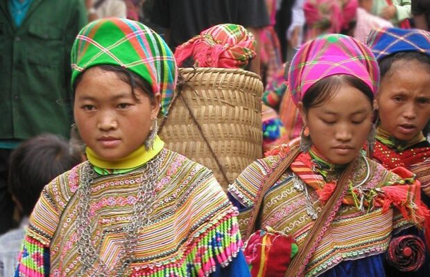 womans hmong, ethnic group in Vietnam