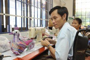 viietnamese man Sewing workshop at Maison Chance Vietnam